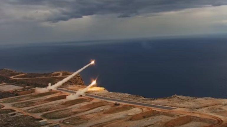 Εντυπωσιακές ασκήσεις του πυροβολικού στην Κρήτη