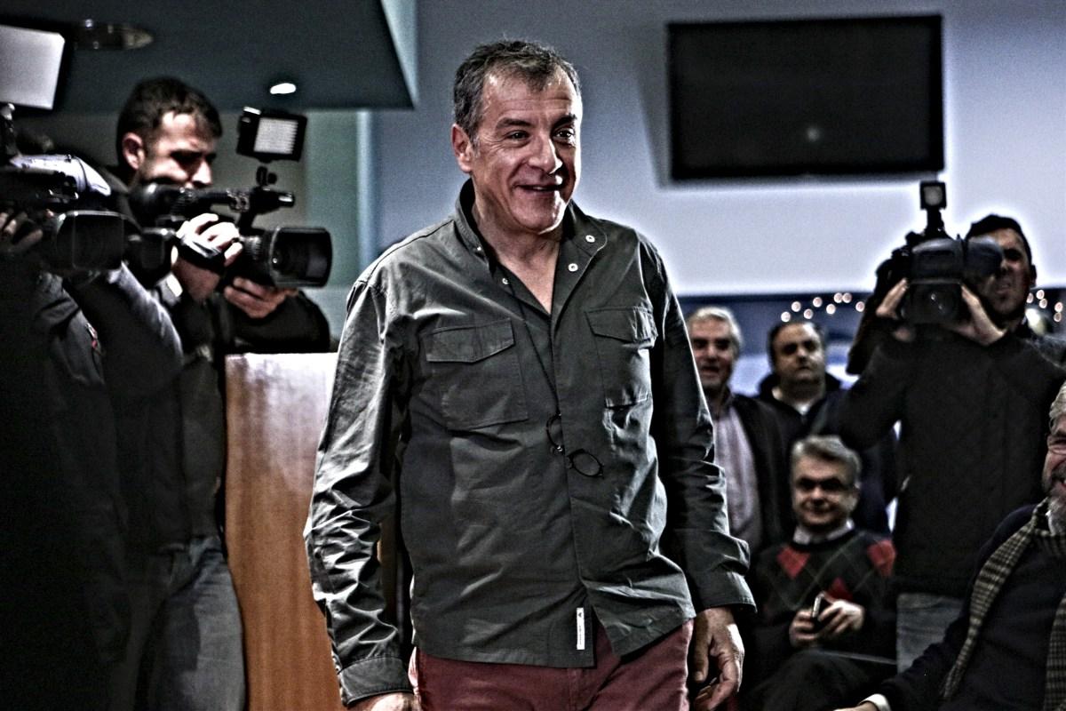 Νίκος Μωραΐτης: Άκου, Σταύρο