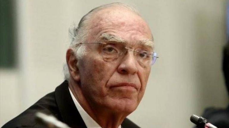 Β. Λεβέντης: «Η κυβέρνηση προσπαθεί με προθύμους και αποστάτες να βρει τους 151 για τη συμφωνία των Πρεσπών»