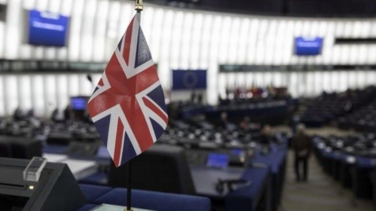 "Brexit: Ευρωκοινοβούλιο προς Βρετανία – ""Αποφασίστε επιτέλους"""