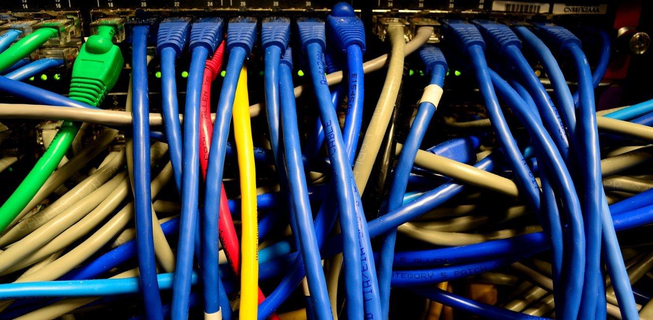 Γιατί «έπεσε» το ελληνικό Ίντερνετ – Τι προκάλεσε τη βλάβη
