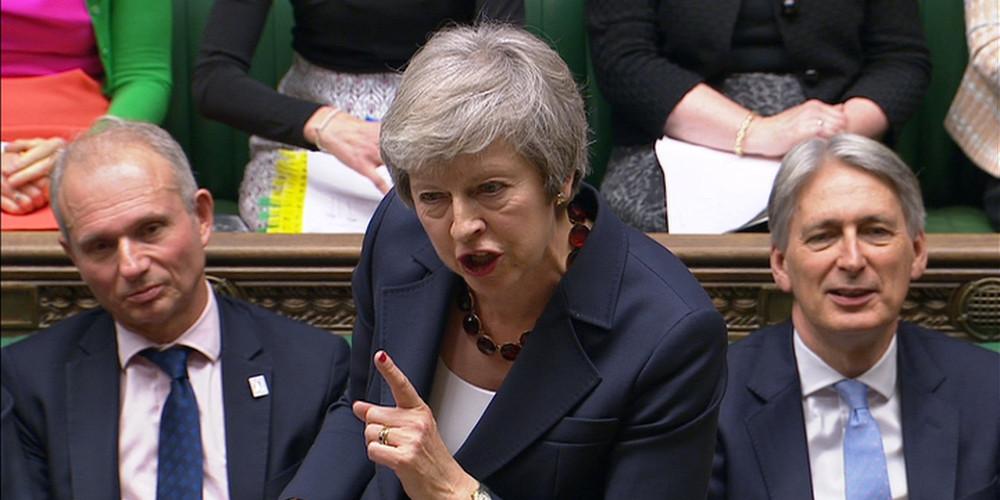 Δήλωση αγωνίας Μέι: Καταστροφή η καταψήφιση της συμφωνίας για το Brexit