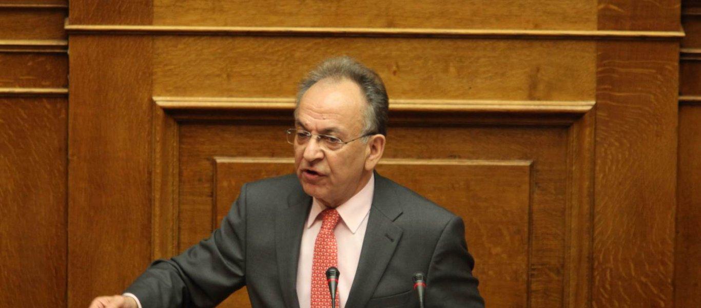 Απεβίωσε ο Δημήτρης Σιούφας, ιστορικό στέλεχος της ΝΔ και πρώην πρόεδρος της Βουλής