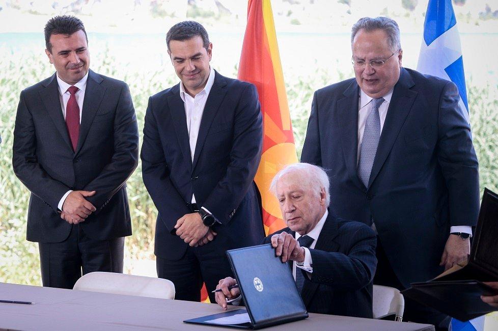 «Πιάστηκε» ψευδόμενος ο Νίμιτς: Τα επίσημα στοιχεία που ακυρώνουν τις «Πρέσπες» – Ποτέ δεν αναγνωρίστηκε η δήθεν «μακεδονική» γλώσσα στον ΟΗΕ