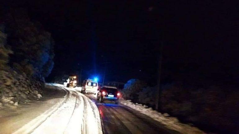 Χιόνια, θυελλώδεις άνεμοι, παγωνιά και κλειστά σχολεία