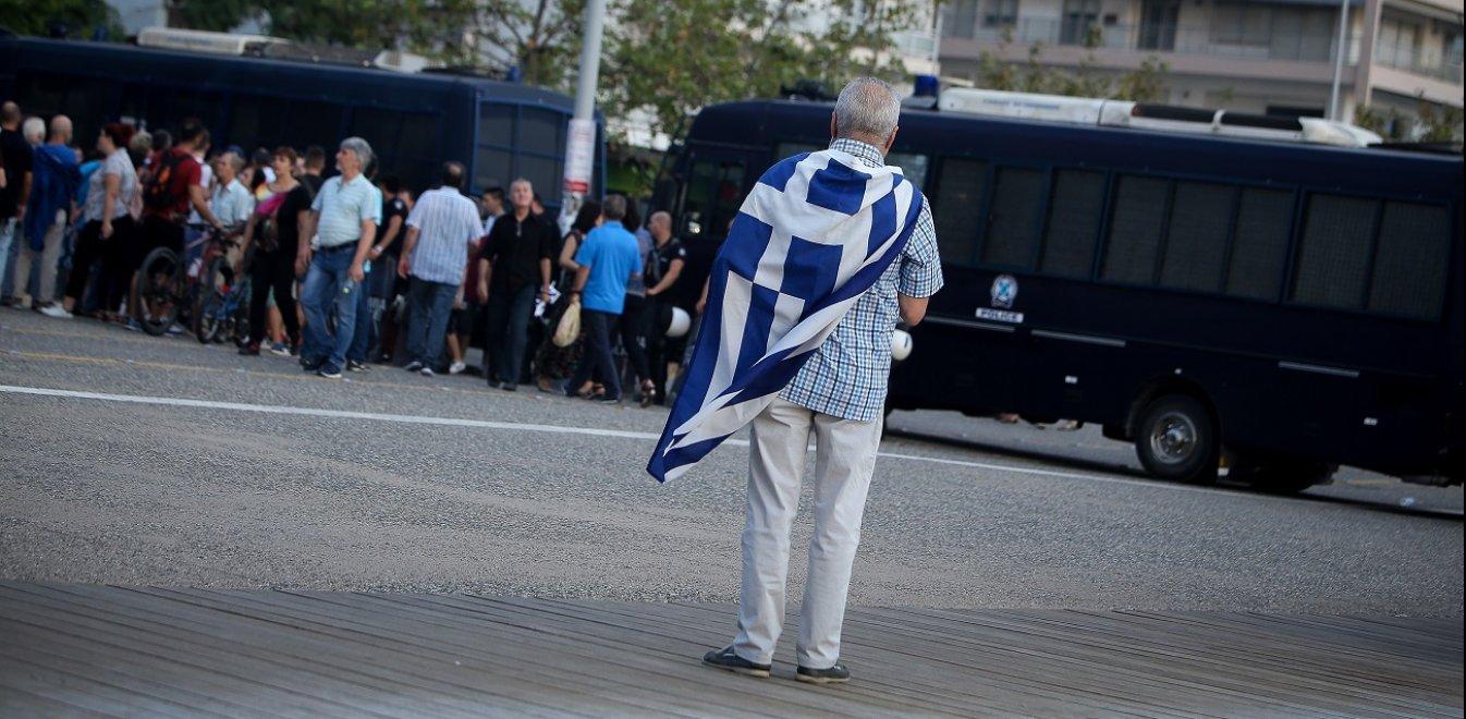 Μήνυση από την Παμμακεδονική Συνομοσπονδία για τις Πρέσπες (vid)