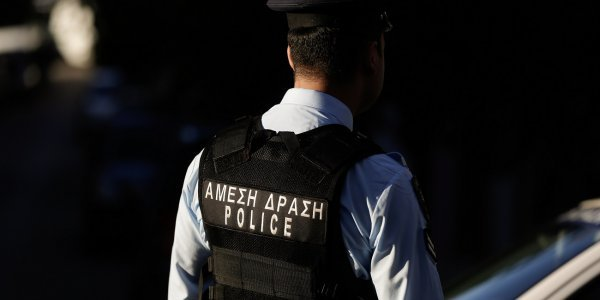 Προφυλακίστηκε αστυνομικός για υπεξαίρεση-«μαμούθ» 400.000 ευρώ