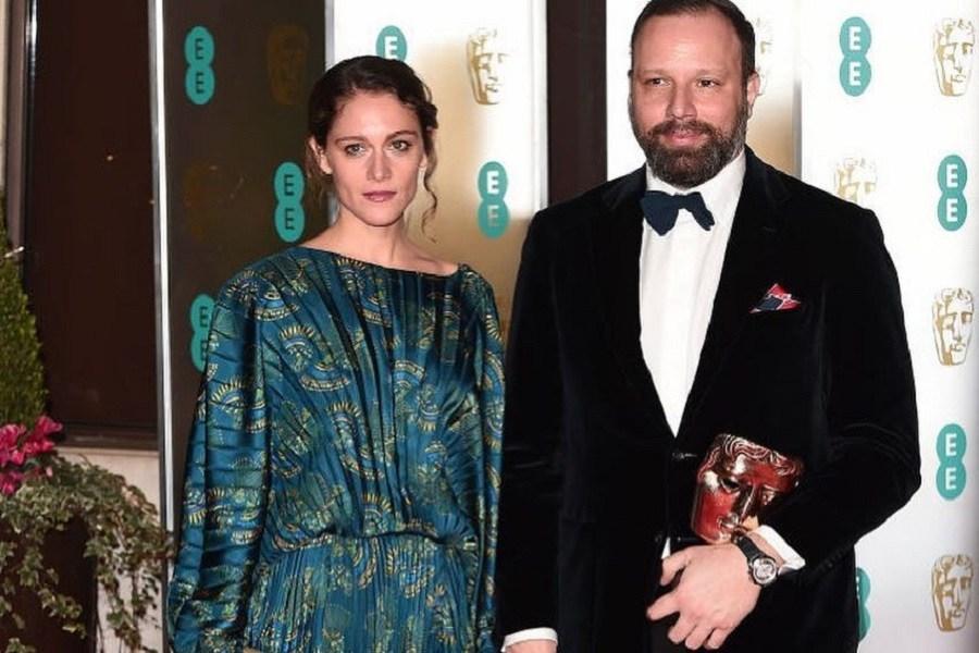 BAFTA 2019: Η σύζυγος του Γιώργου Λάνθιμου εμφανίστηκε με ελληνική δημιουργία στο κόκκινο χαλί