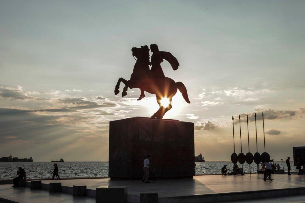 Προκλητικοί και ανθέλληνες – Αφιέρωμα BBC στην καταπιεσμένη «μακεδονική» μειονότητα της Ελλάδας – «Οι Πρέσπες αναγνώρισαν τους Μακεδόνες»