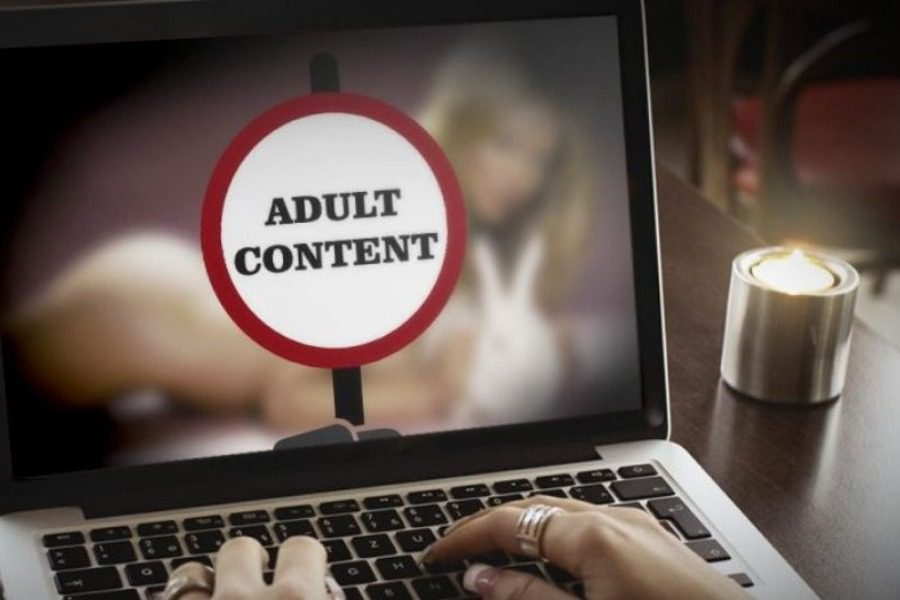 Ανήλικη από την Κοζάνη είδε τον εαυτό της σε πασίγνωστη ιστοσελίδα ποpνό