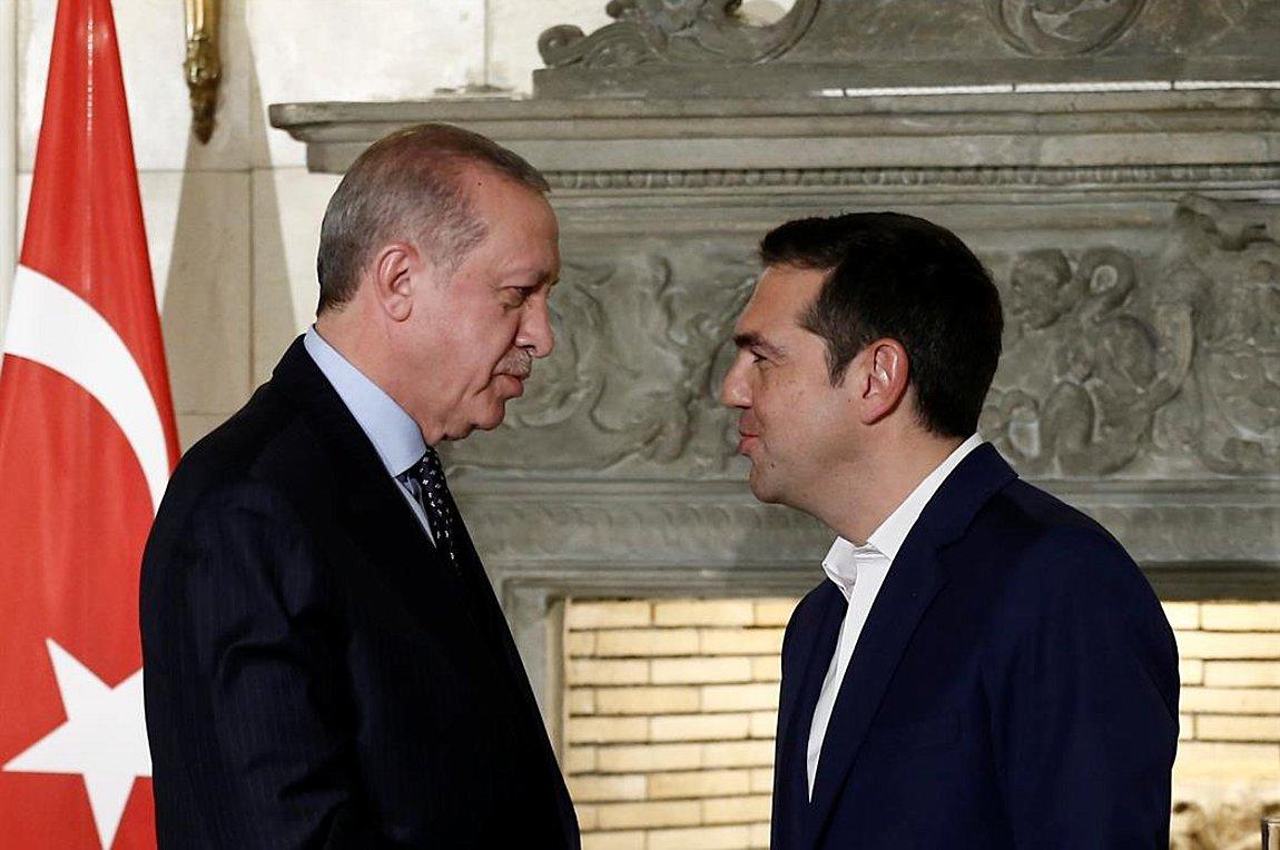 Μείωση της έντασης στο Αιγαίο και οικονομική συνεργασία στην κορυφή της ατζέντας Τσίπρα-Ερντογάν
