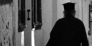 Ιερέας ασέλγησε σε 20χρονο με νοητική υστέρηση στη Φθιώτιδα