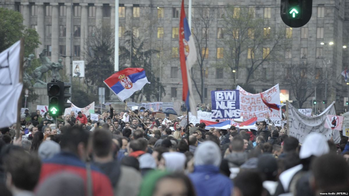 Ξεσηκώνονται οι Σέρβοι! – Κινητοποιήσεις κατά ΕΕ-ΝΑΤΟ κοντά στο Νις – Σέρβος πολιτικός: Να έρθουν Ρώσοι & Κινέζοι στρατιώτες στο Κόσοβο