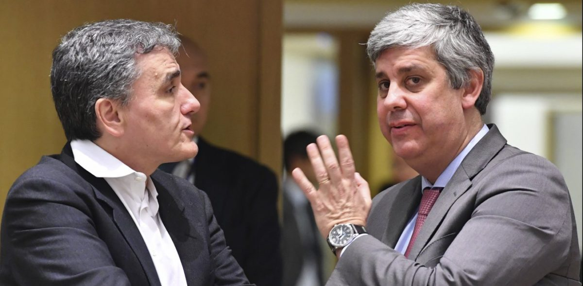 WSJ: Ανησυχία ότι η Αθήνα κάνει πίσω στις μεταρρυθμίσεις ενόψει εκλογών