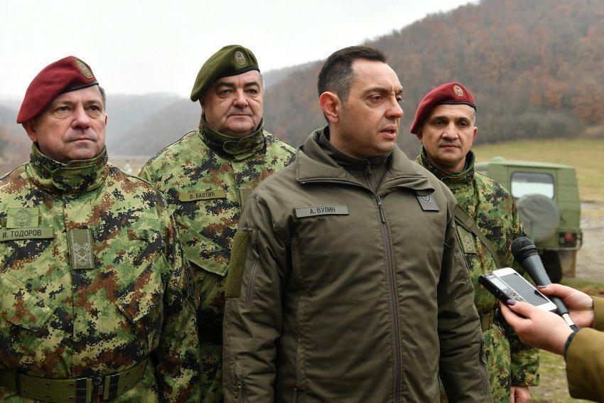 Σε πολεμική ετοιμότητα οι Σερβικές ΕΔ – Α. Βουλίν: «Είμαστε έτοιμοι ακόμα και για σύγκρουση, περιμένω την εντολή του Ανώτατου Διοικητή»