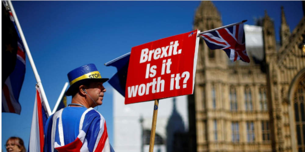 Brexit: Πτώση για την στερλίνα μετά την 3η απόρριψη της συμφωνίας εξόδου της Βρετανίας από την ΕΕ