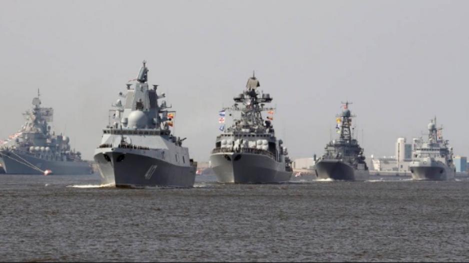 Συνωστιμός δυνάμεων σε Αιγαίο & Α. Μεσόγειο: Ρωσικά πολεμικά πλοία «οργώνουν» την περιοχή – Αιφνιδιαστική κίνηση από την Μόσχα