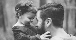 Καλός πατέρας είναι αυτός που αγαπάει τη μητέρα του παιδιού του