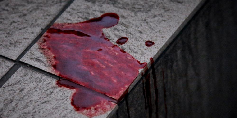 Εικόνες-σοκ: Εισβολή με μαχαίρια και ρόπαλα σε αγώνα πόλο – Τεράστιες καταστροφές
