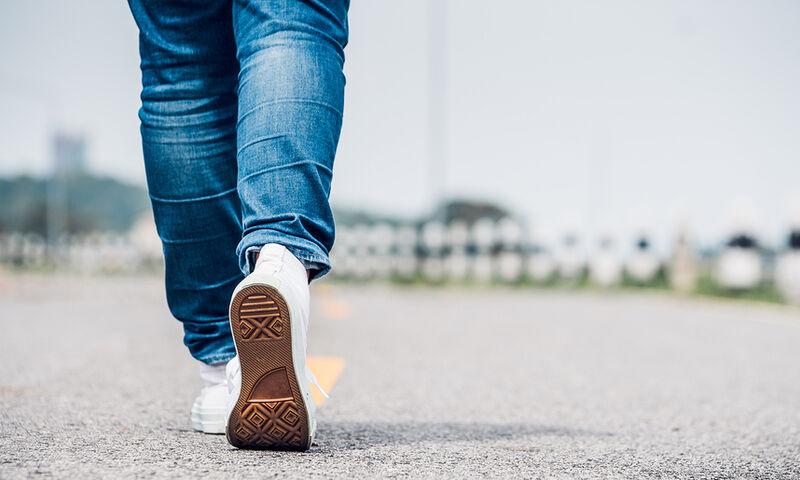 Κάτι ήξερε ο Αριστοτέλης και για το περπάτημα – Κάνει το μυαλό να δουλεύει στο 100%