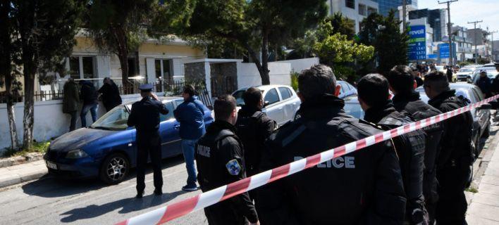 Τραγωδία στο Ελληνικό: 86χρονος και Βουλγάρα τσακώθηκαν γιατί της έγραψε την περιουσία και εκείνη τον έβγαλε έξω από το σπίτι