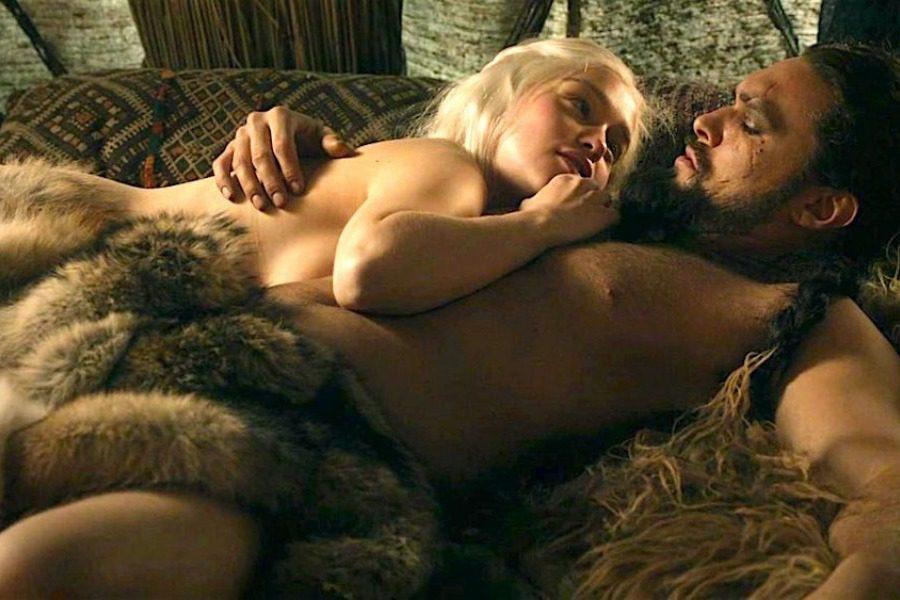 Οι γuμνές πρωταγωνίστριες του Game of Thrones