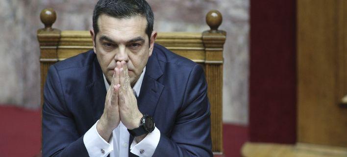 Economist: O Τσίπρας ετοιμάζεται να πιει το κώνειο στις εκλογές