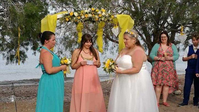Ένας γάμος με δυο νύφες στην Κάτω Ζάκρο !