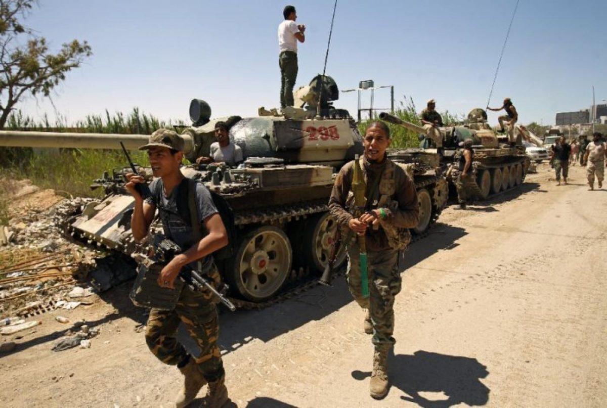 Στη «δίνη» εμφυλίου η Τρίπολη – Αιματηρές συγκρούσεις αφήνουν δεκάδες νεκρούς & τραυματίες – Σύγκρουση ΗΠΑ-Ρωσίας για τη Λιβύη