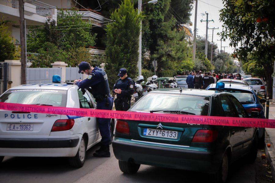 Απόπειρα δολοφονίας στη Νέα Μάκρη: Οικονομικά και όχι μόνο ερωτικά τα κίνητρα