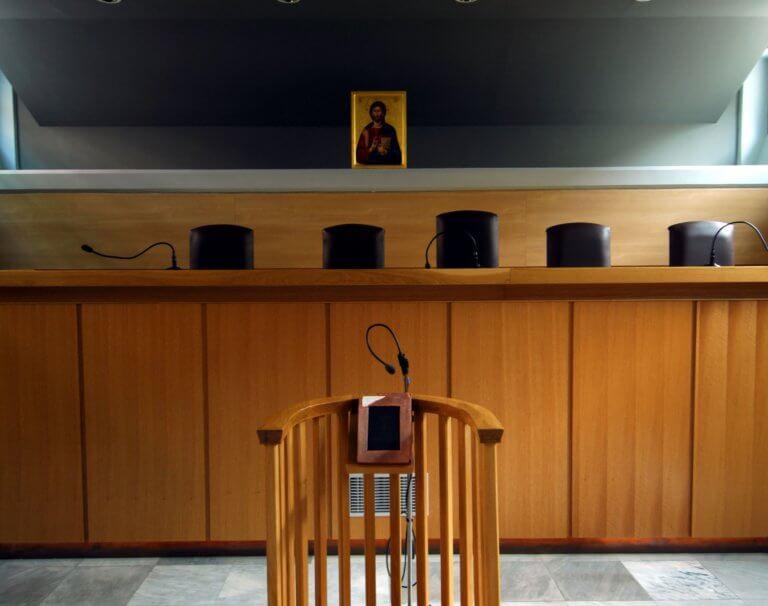 Ποινική δίωξη σε φοιτητή Ιατρικής άσκησε ο εισαγγελέας για τα επεισόδια στην ΑΣΟΕΕ