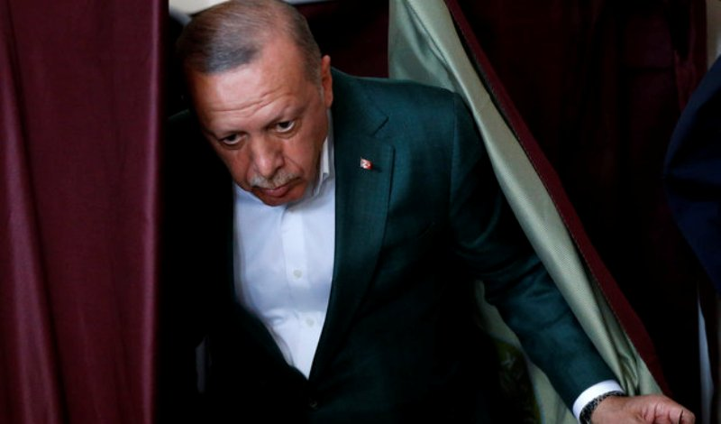Δεν λέει να το χωνέψει ο Σουλτάνος! Νέα καταμέτρηση και καταγγελίες για ευρωαμερικανικές παρεμβάσεις