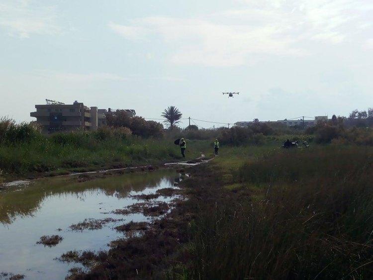 """Drones και αμφίβια οχήματα στη """"μάχη"""" με τα κουνούπια"""