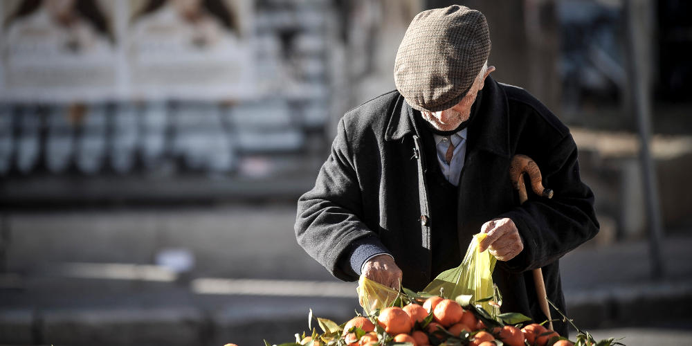 Μαφία στις Λαϊκές Αγορές: Οι διάλογοι και οι μπίζνες με ζωντανούς και νεκρούς πωλητές!