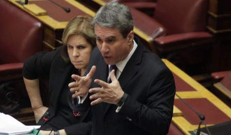 Λοβέρδος σε ΣΥΡΙΖΑ: «Είστε απαίσιοι εγκληματίες της συμφοράς- Θα σας συντρίψω λόγω τιμής»