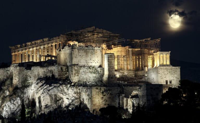 «Πατάει» Σελήνη η Ελλάδα με δικό της όχημα! Επίσημη η συνεργασία με τη NASA!