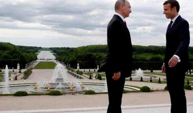 Ο Πούτιν στέλνει τους καλύτερους ειδικούς για την ανοικοδόμηση της Παναγίας των Παρισίων