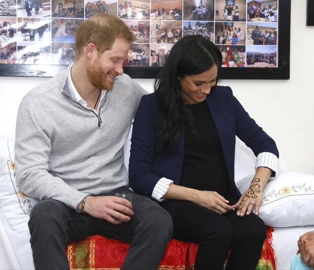 Ανατροπή στο παλάτι: Ο Harry και η Meghan περιμένουν κορίτσι