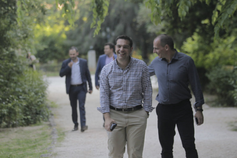 Βαρουφάκης: Ο Τσίπρας δεν είχε αυταπάτες – Το video από το βράδυ του δημοψηφίσματος