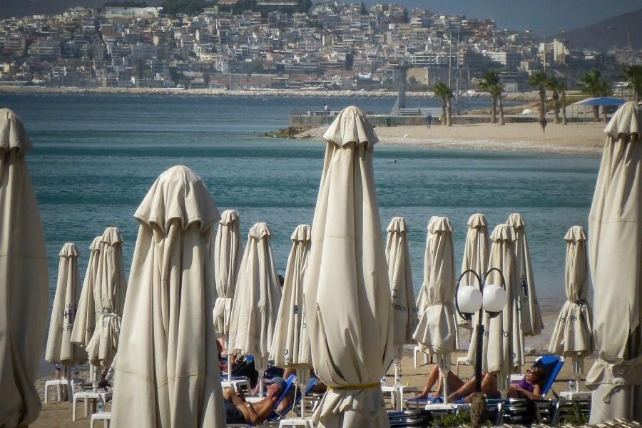 Έτοιμοι για παραλία – «Χτυπάει» 30άρια η θερμοκρασία από Δευτέρα