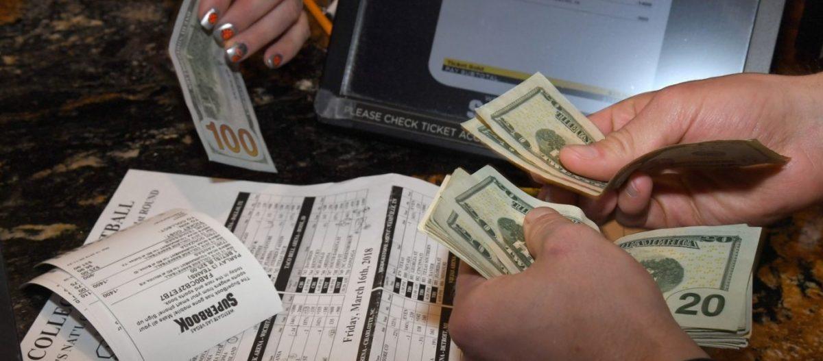 """Money talks"" – Οι στοιχηματικές «δείχνουν» τους νικητές σε ευρωεκλογές και Αθήνα: ΝΔ και ΧΑ"