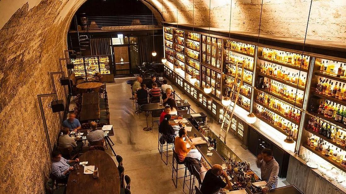 Το μουσείο-μπαρ του Whiskey οφείλει να μπει στην bucket list σου
