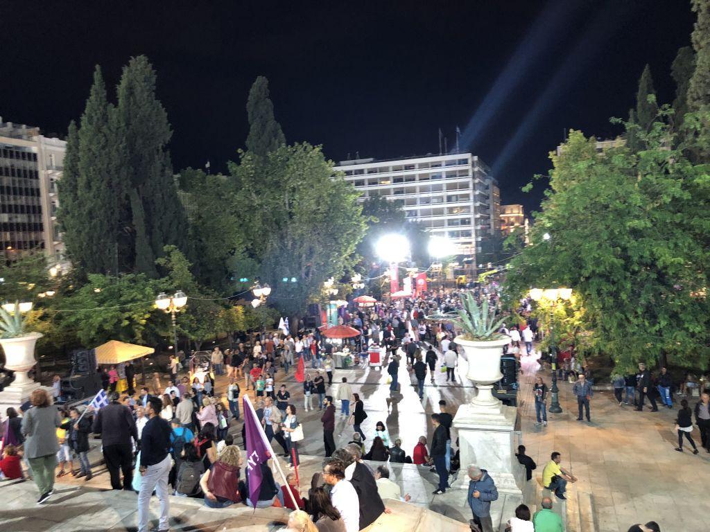 Ασύλληπτο φιάσκο Τσίπρα στο Σύνταγμα – Η πλατεία ήταν άδεια, ελάχιστοι άκουσαν τον πρωθυπουργό (βίντεο – φωτό)