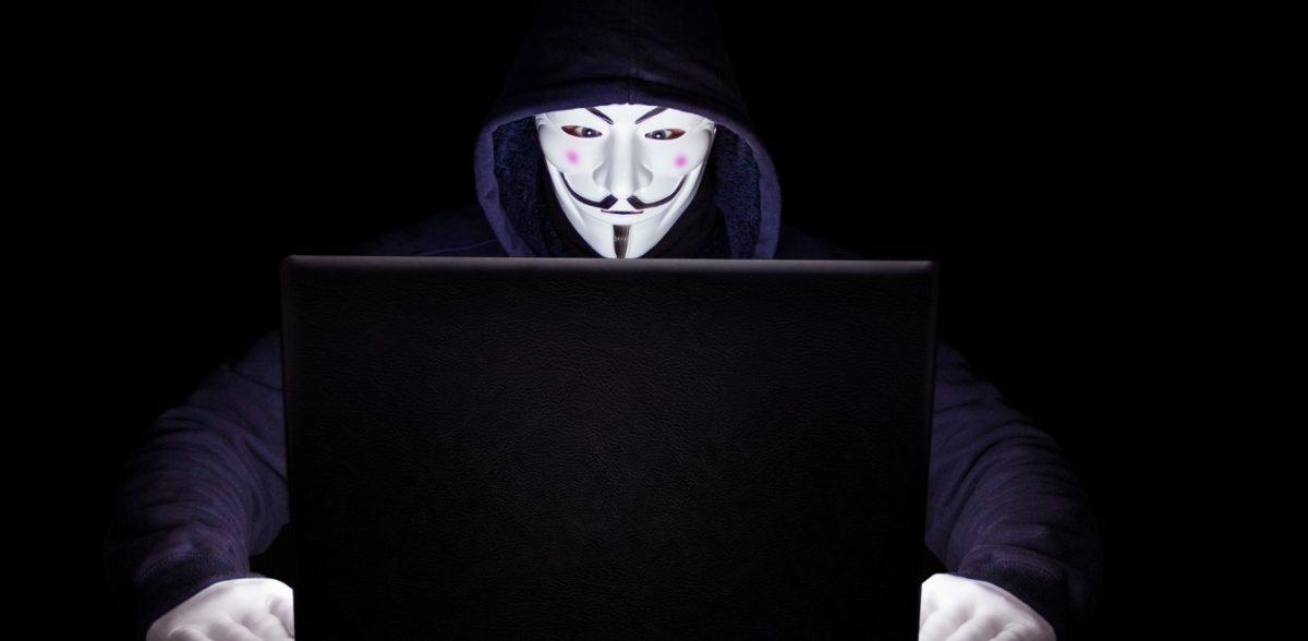 Χάκερ κρατούν «όμηρο» μια ολόκληρη πόλη – Στέλνουν τα mail με το… ταχυδρομείο