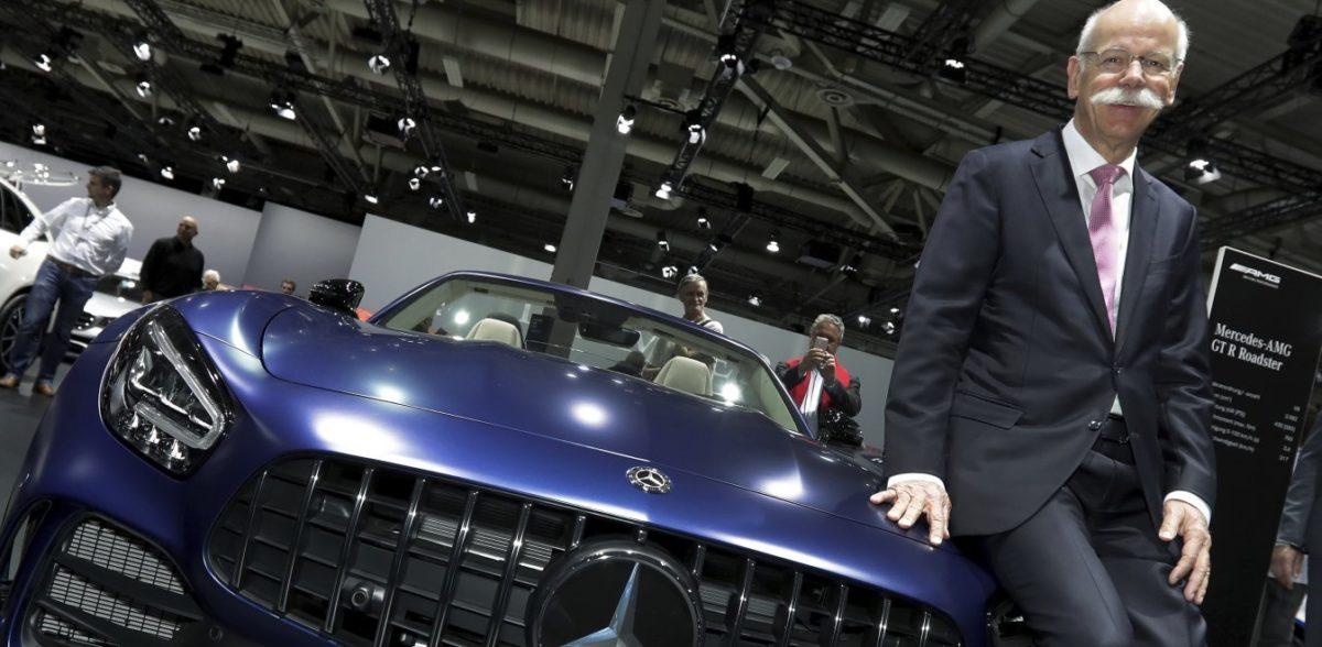 Η BMW αποχαιρέτησε το αφεντικό της Mercedes με ένα απίστευτο βίντεο