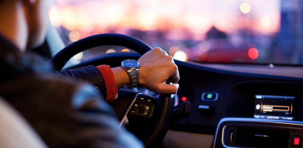 Έως 300 € πάνω το κόστος για την έκδοση διπλώματος οδήγησης (vid)