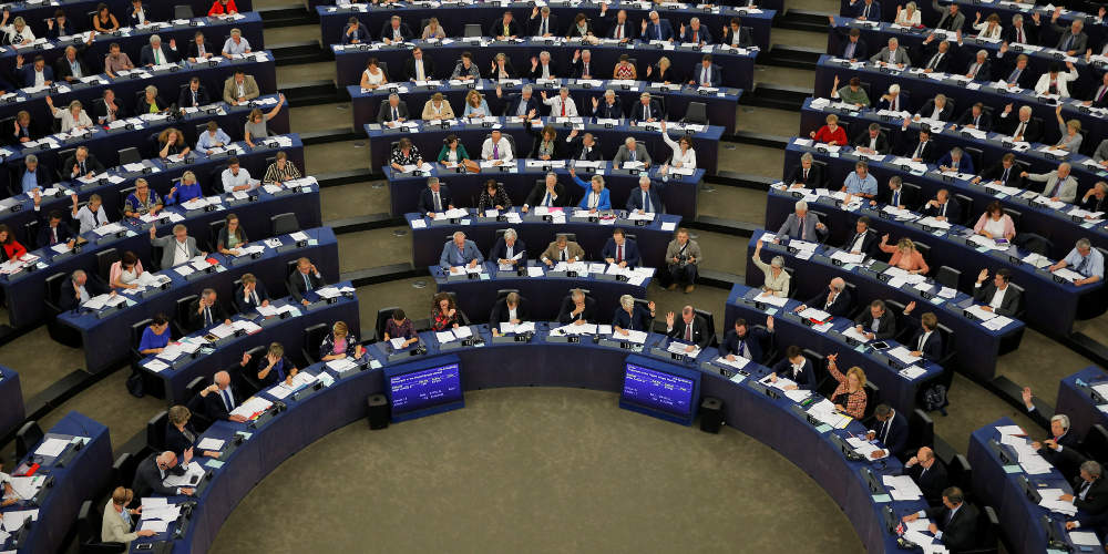 Απίστευτο και όμως Ελληνικό: Εξελέγη Ευρωβουλευτής και έχει απαγόρευση εξόδου από τη χώρα