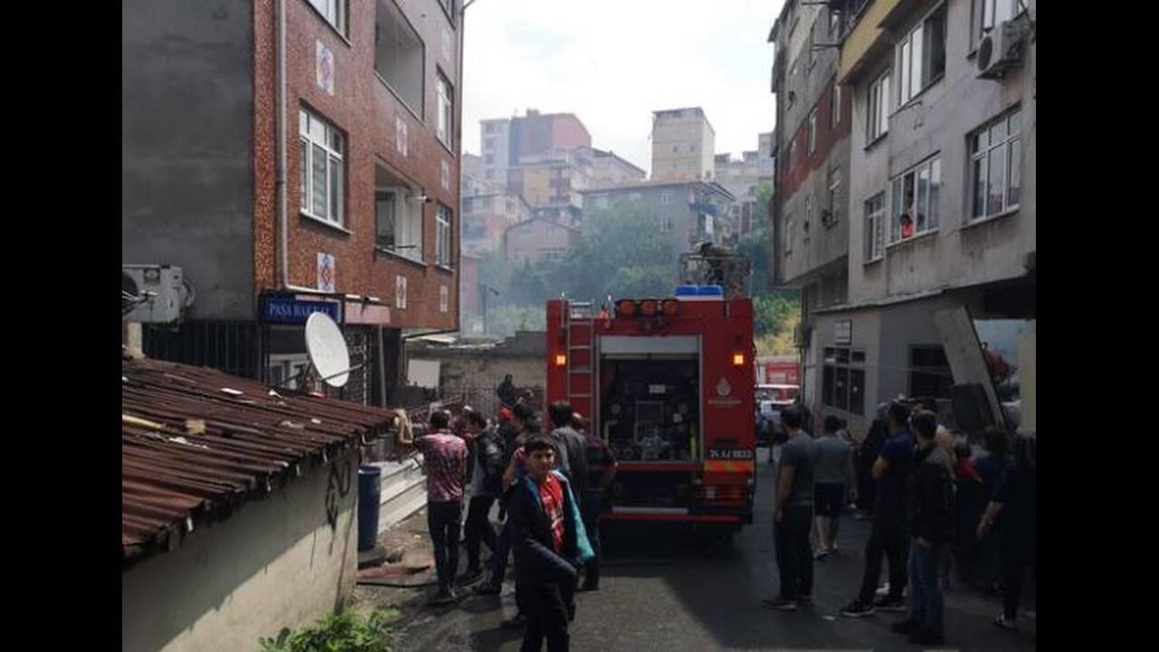 Κωνσταντινούπολη: Πέταξε τα τρία της παιδιά από το μπαλκόνι για να τα σώσει από τις φλόγες