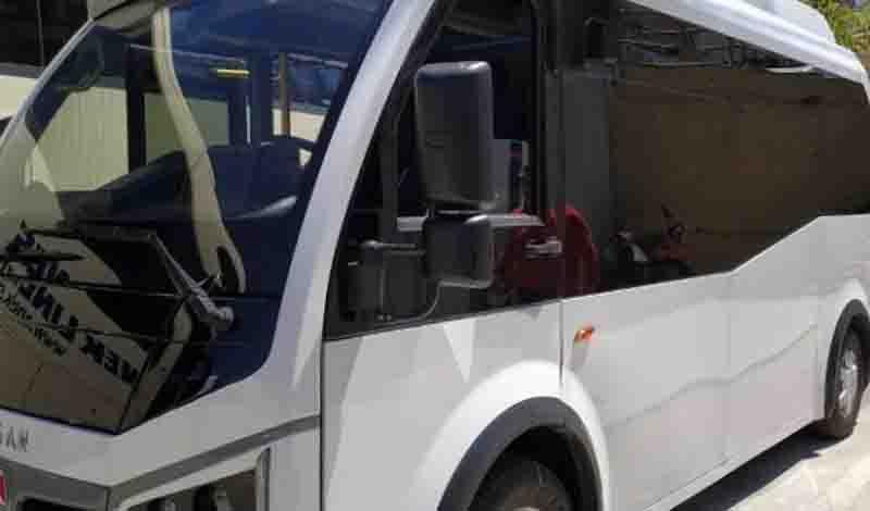 Το πρώτο ηλεκτρικό λεωφορείο κάνει βόλτες στο Ρέθυμνο