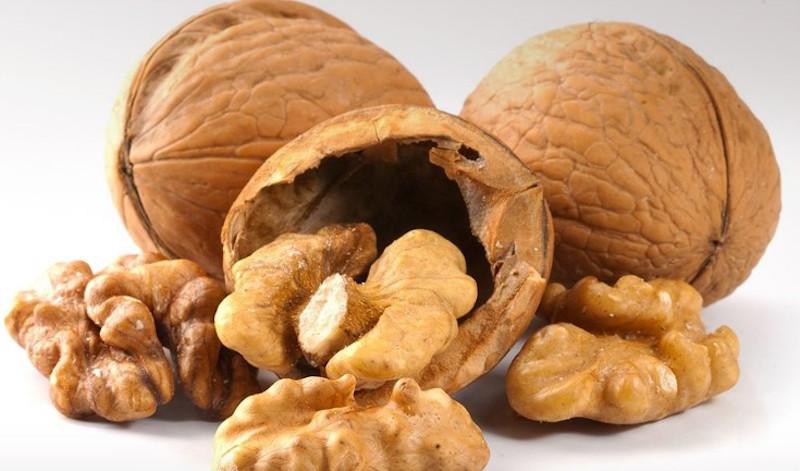 Ποια η σχέση ανάμεσα σε καρύδια και αρτηριακή πίεση